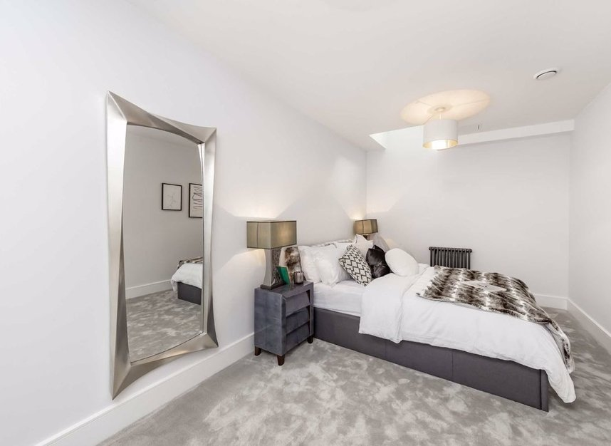 Properties for sale in King's Mews - WC1N 2HZ view5