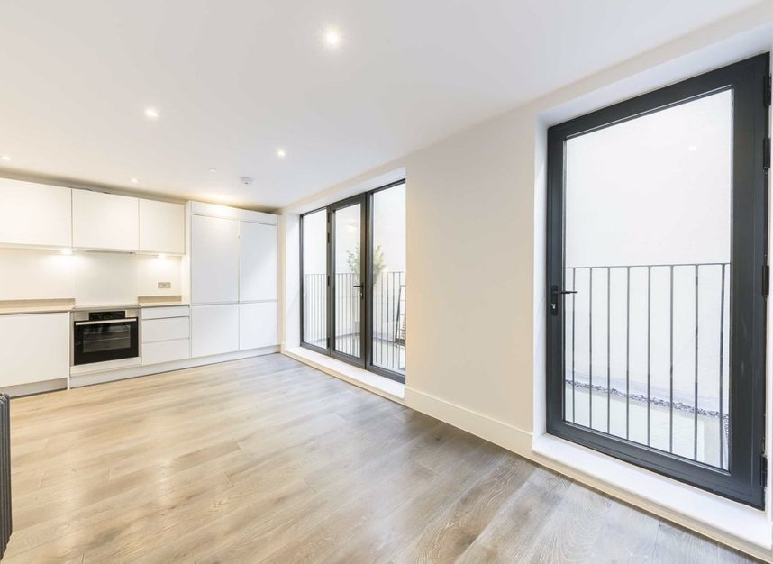 Properties for sale in King's Mews - WC1N 2HZ view3