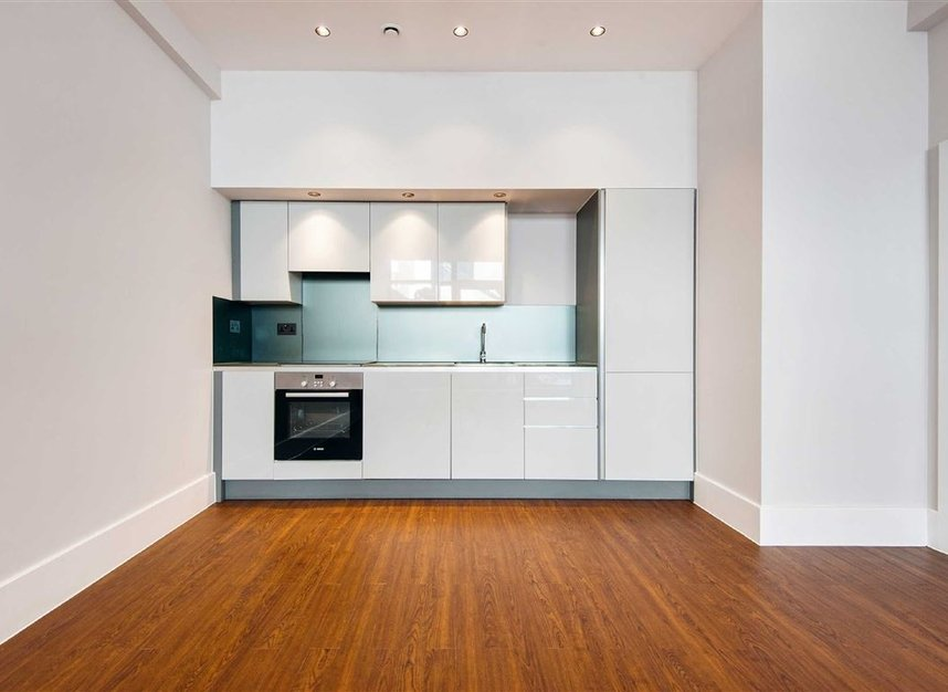 Properties for sale in Kingsland Road - E8 4DG view7