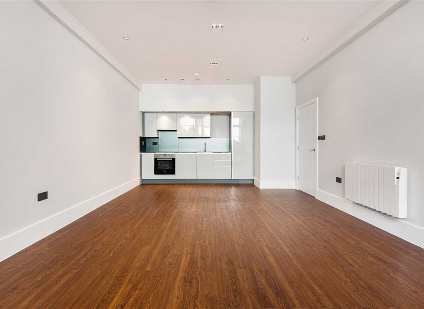 Properties for sale in Kingsland Road - E8 4DG view4