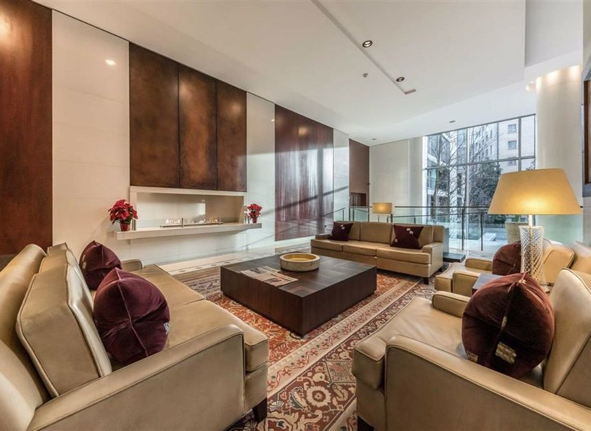 Properties for sale in Knightsbridge - SW7 1RH view2