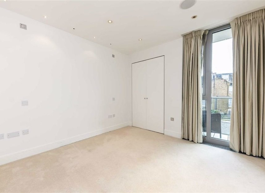 Properties for sale in Knightsbridge - SW7 1RH view6