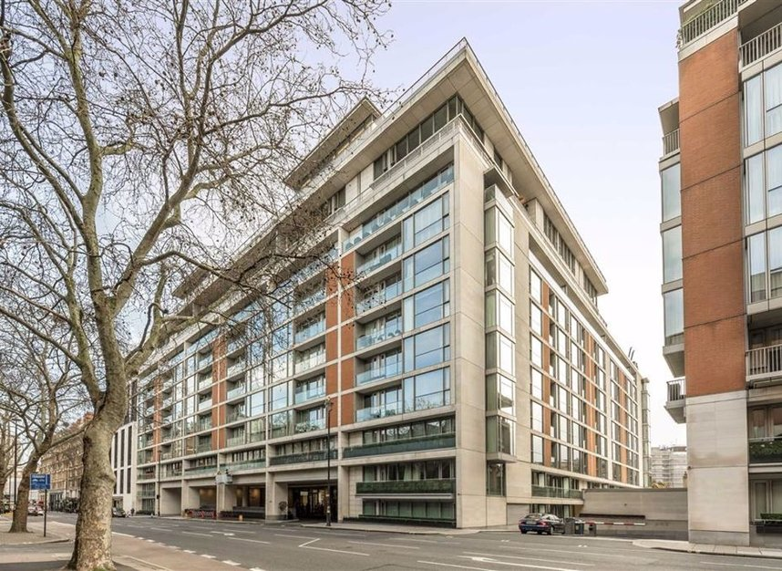 Properties for sale in Knightsbridge - SW7 1RH view1