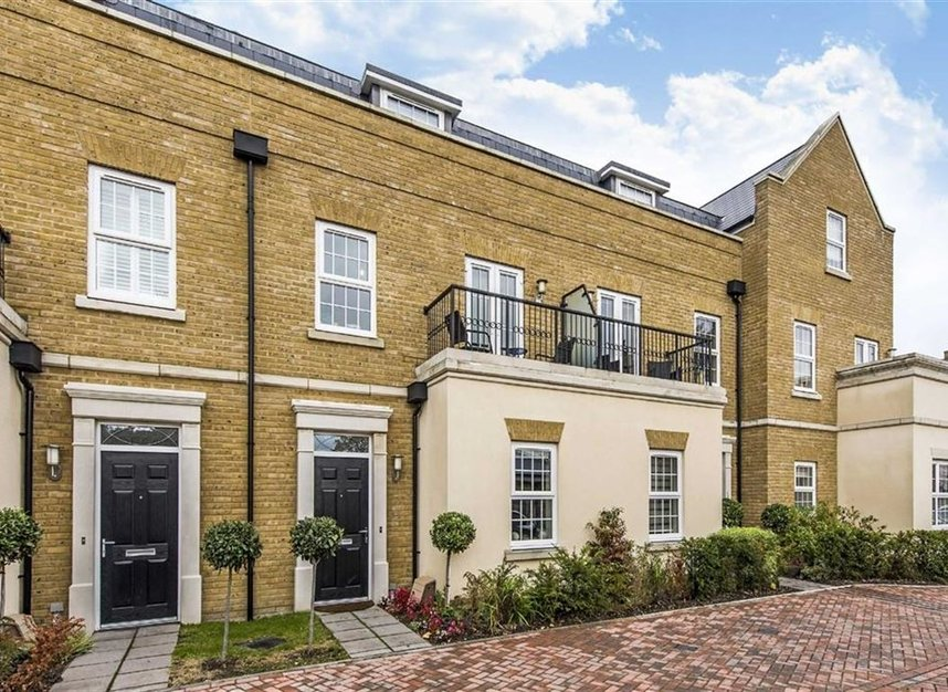 Lendy Place, Sunbury-On-Thames, TW16