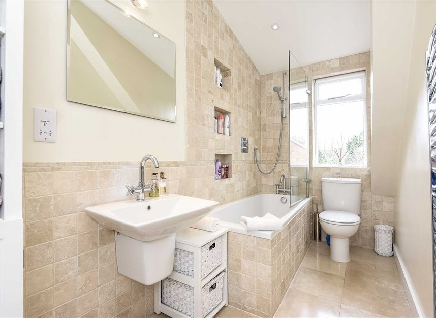 Properties for sale in Leopold Road - SW19 7JE view9