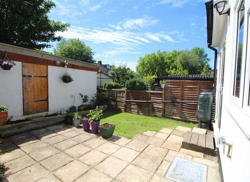 Properties sold in Lisbon Avenue - TW2 5HL view6