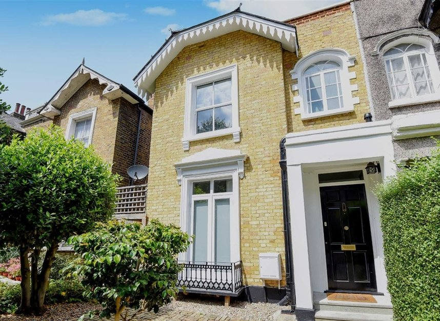 Properties sold in Lorn Road - SW9 0AD view1