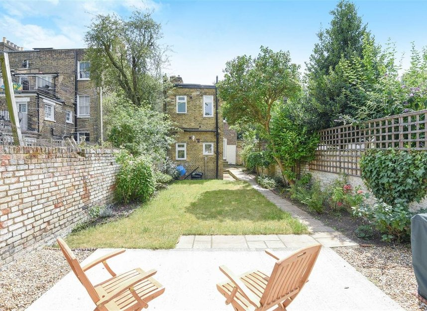 Properties sold in Lorn Road - SW9 0AD view6