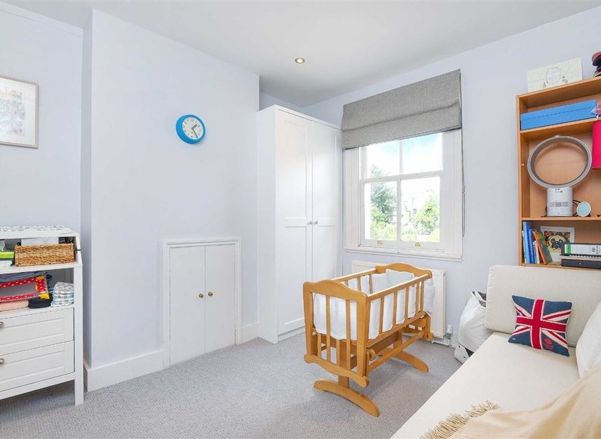 Properties sold in Lorn Road - SW9 0AD view8