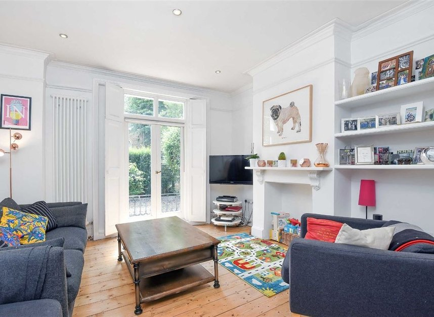 Properties sold in Lorn Road - SW9 0AD view2