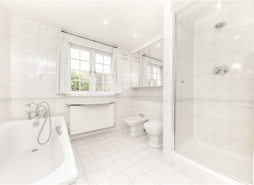 Properties for sale in Loudoun Road - NW8 0LT view7