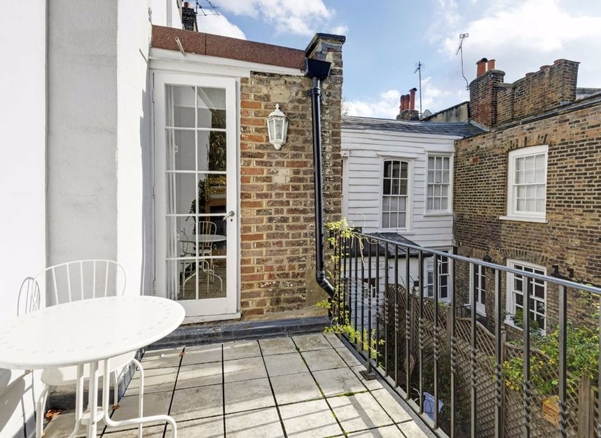 Properties for sale in Lower Terrace - NW3 6RG view8