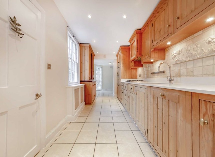 Properties for sale in Lower Terrace - NW3 6RG view4