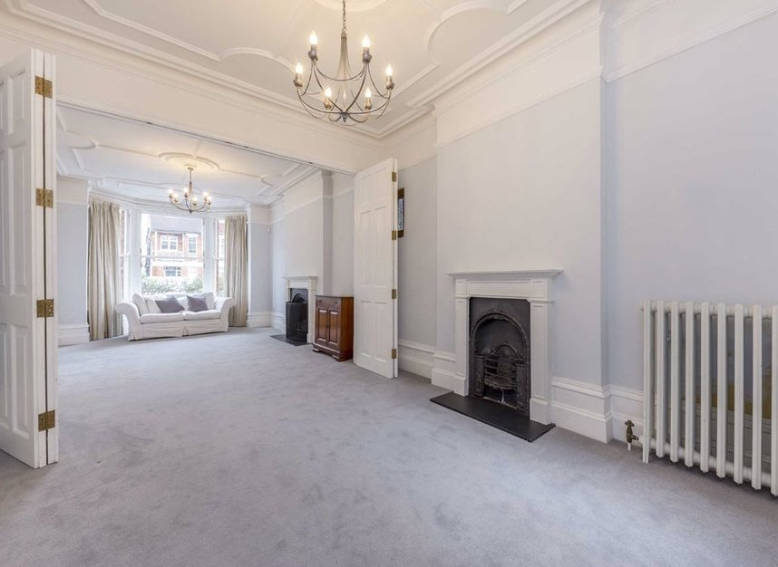Properties for sale in Lynton Road - W3 9HH view2