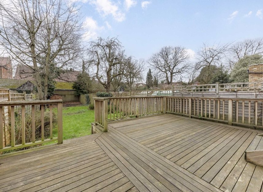 Properties for sale in Lynton Road - W3 9HH view8