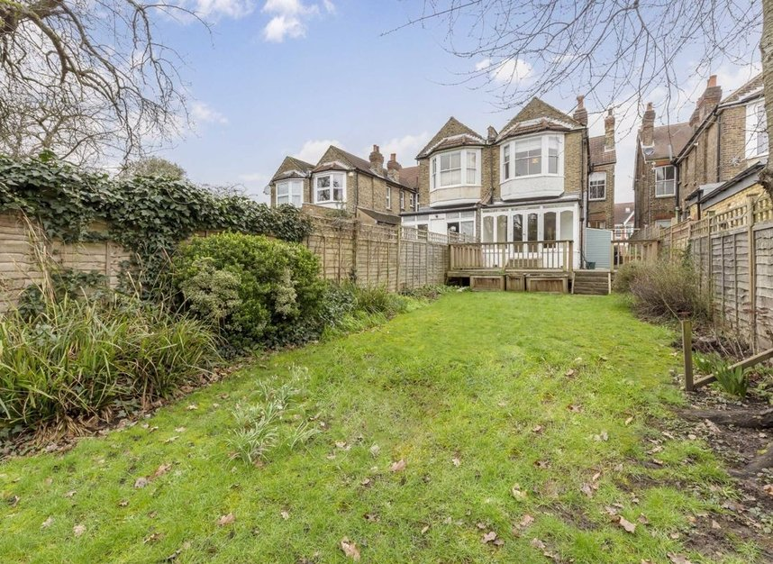 Properties for sale in Lynton Road - W3 9HH view9