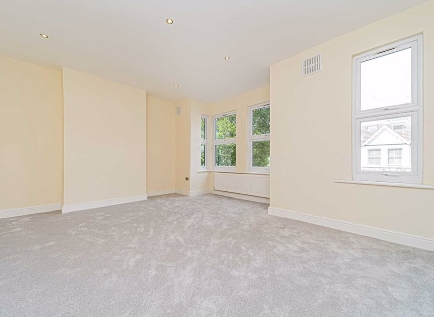 Properties for sale in Maldon Road - W3 6SZ view6