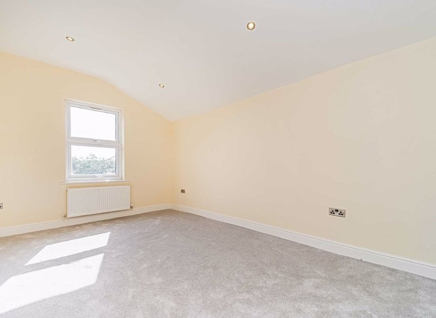 Properties for sale in Maldon Road - W3 6SZ view7