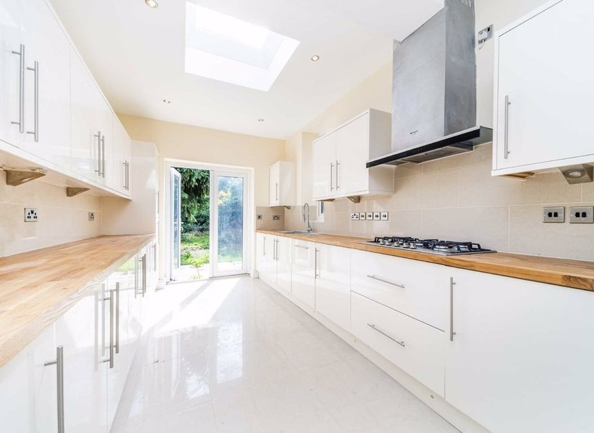 Properties for sale in Maldon Road - W3 6SZ view3