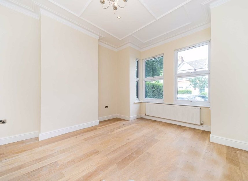 Properties for sale in Maldon Road - W3 6SZ view2