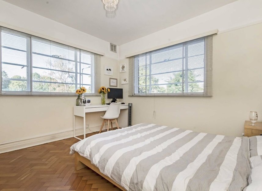 Properties for sale in Manfred Road - SW15 2RT view4