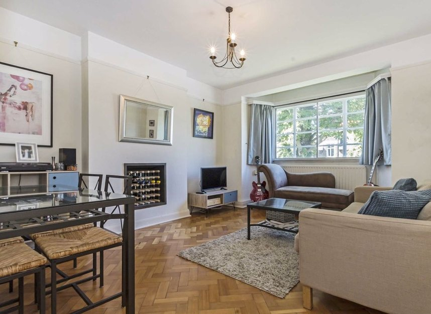 Properties for sale in Manfred Road - SW15 2RT view2