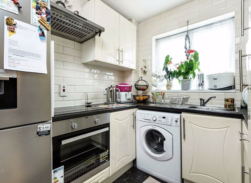 Properties for sale in Marchside Close - TW5 9BX view4