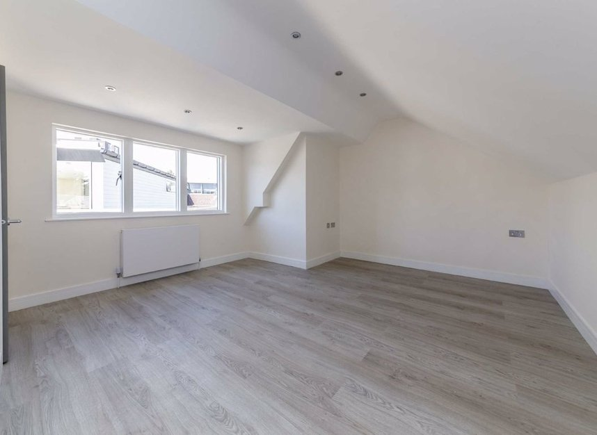 Properties for sale in Margravine Road - W6 8LL view4