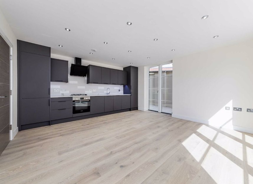 Properties for sale in Margravine Road - W6 8LL view5