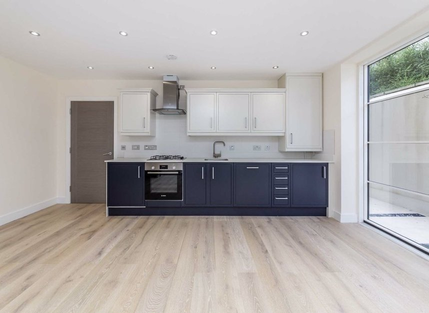 Properties for sale in Margravine Road - W6 8LL view6