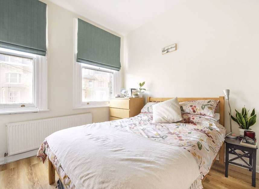 Properties for sale in Marlborough Road - N19 4NA view4