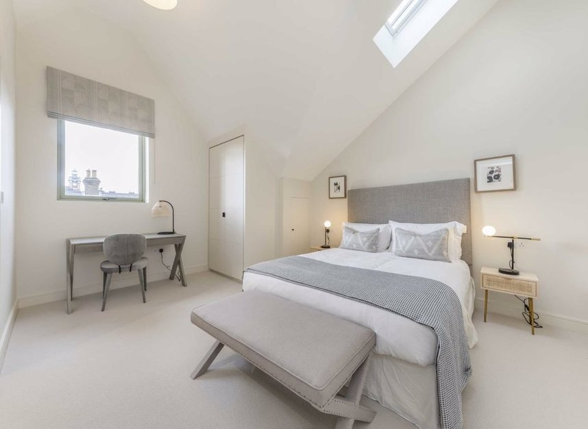 Properties for sale in Montague Road - SW19 1SY view6