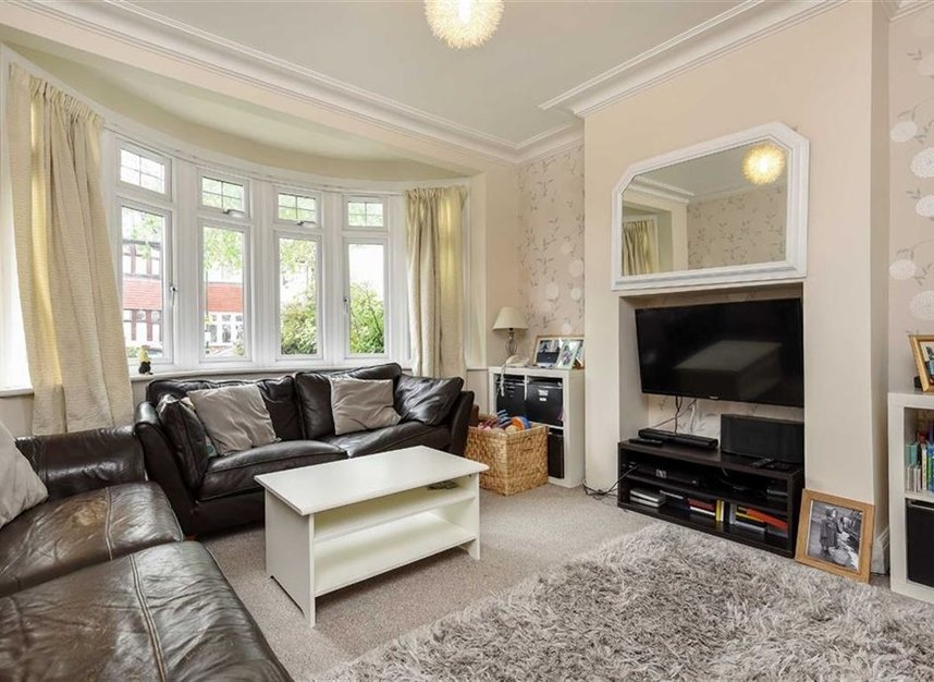 Properties for sale in Montrose Avenue - TW2 6HB view2