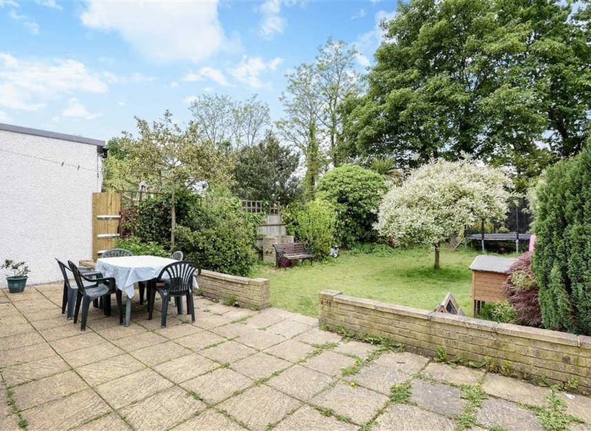 Properties for sale in Montrose Avenue - TW2 6HB view6