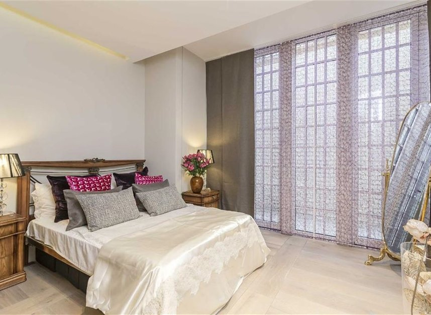 Properties for sale in Nassau Street - W1W 7FD view10
