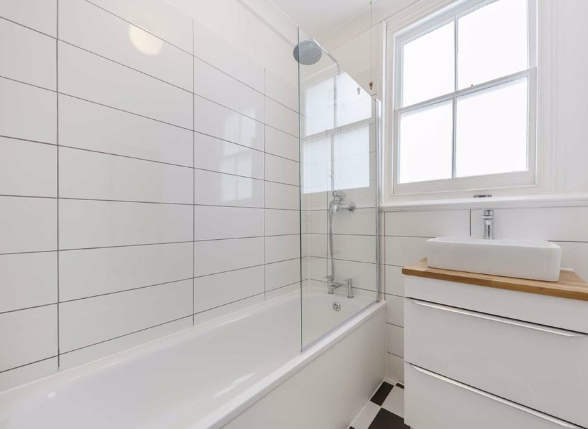 Properties for sale in Nemoure Road - W3 6NZ view12