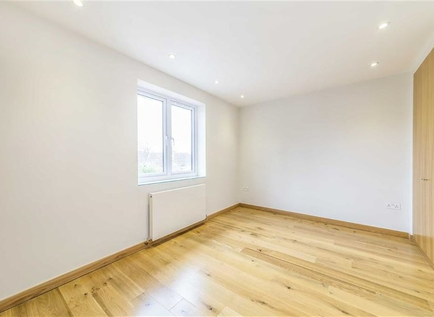 Properties for sale in Noel Road - W3 0JX view8