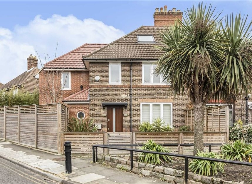 Properties for sale in Noel Road - W3 0JX view1
