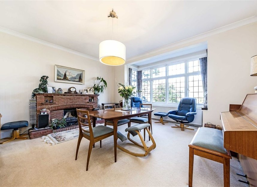 Properties sold in Ormond Avenue - TW12 2RX view2