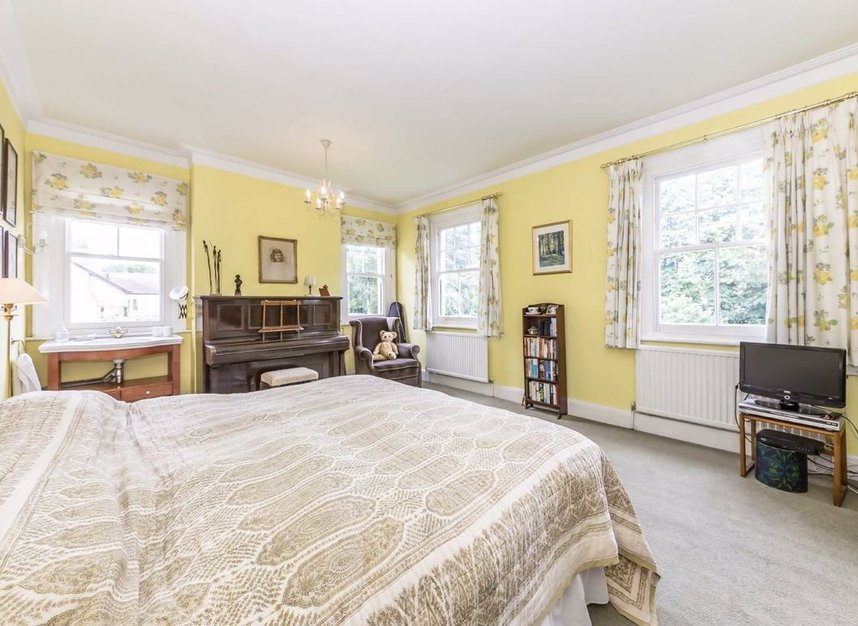 Properties sold in Ormond Avenue - TW12 2RY view7