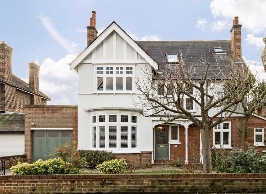 Properties for sale in Ormond Avenue - TW12 2RX view1
