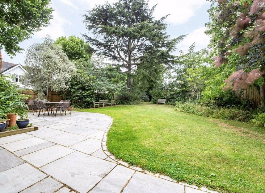 Properties for sale in Ormond Avenue - TW12 2RT view7