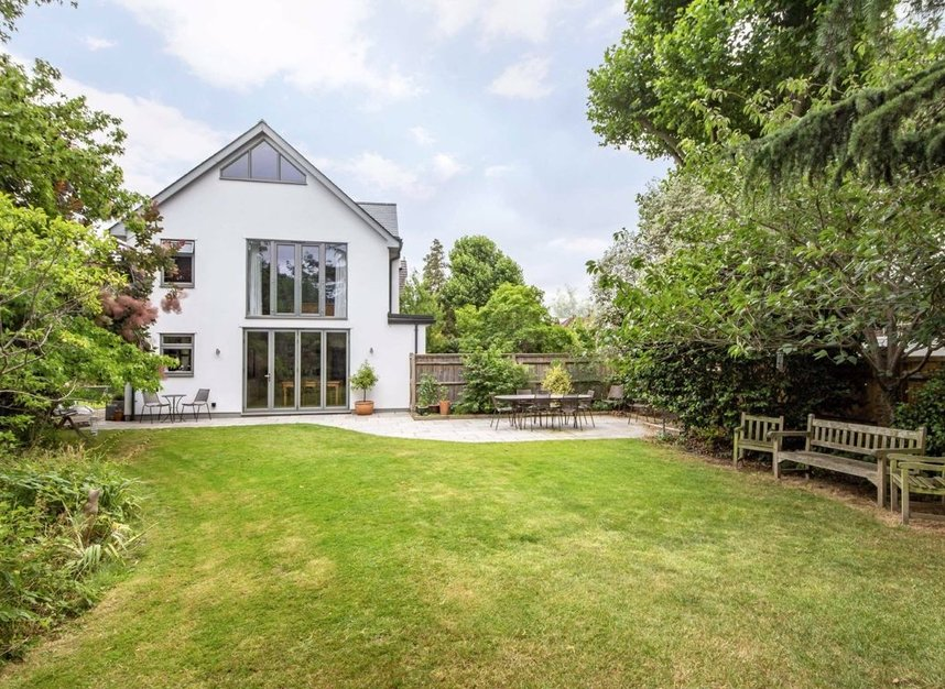 Properties for sale in Ormond Avenue - TW12 2RT view1
