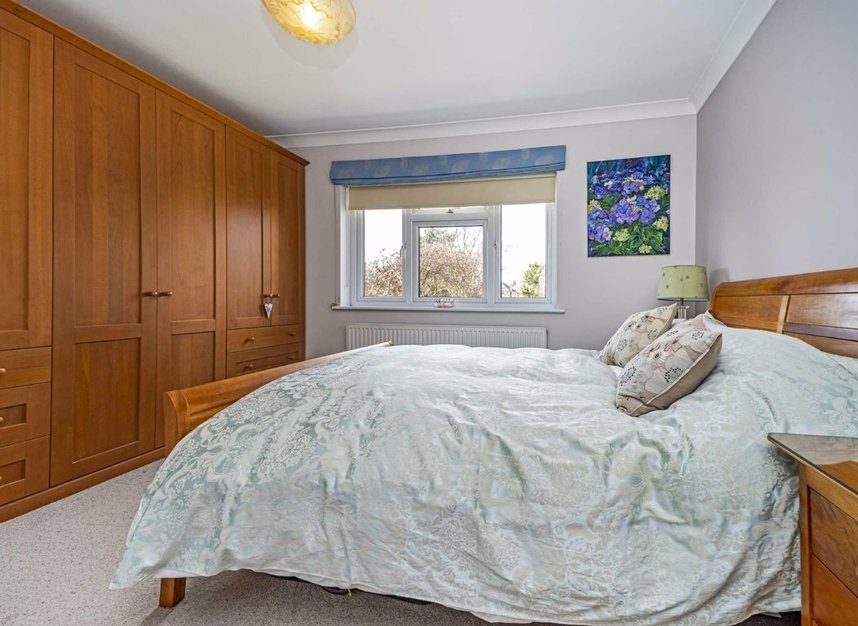 Properties for sale in Ormond Drive - TW12 2TL view7