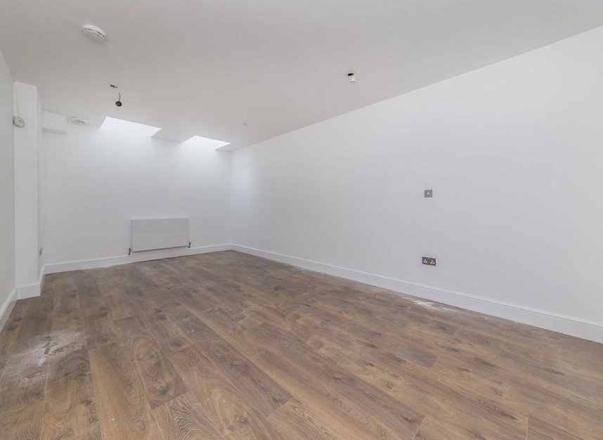 Properties for sale in Park Lane - TW9 2RA view5