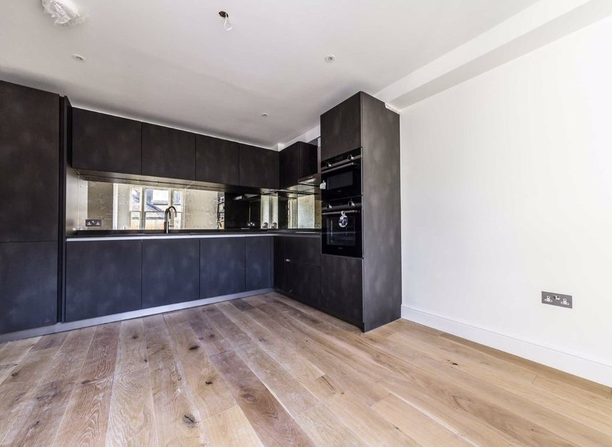 Properties for sale in Park Lane - TW9 2RA view3