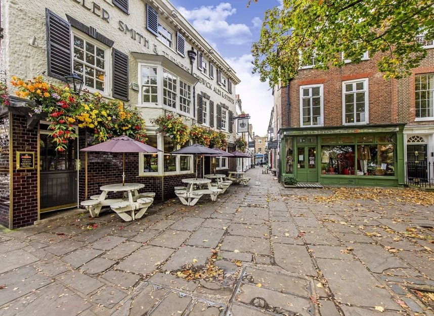 Properties for sale in Park Lane - TW9 2RA view8