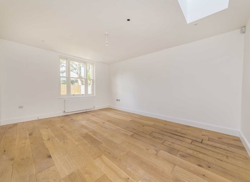 Properties for sale in Park Lane - TW9 2RA view2