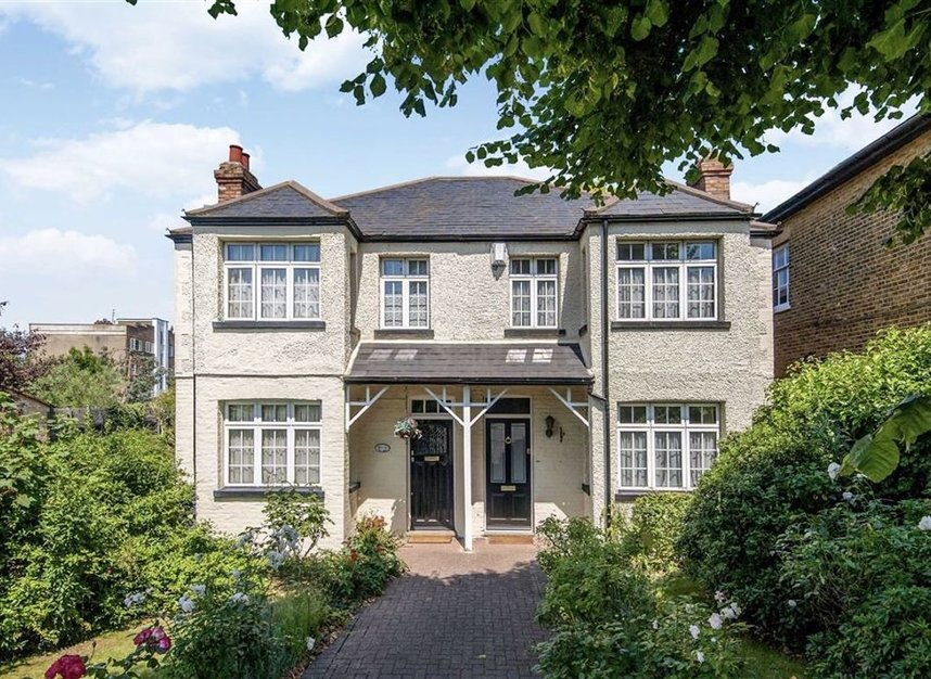 Properties for sale in Park Road - KT1 4AS view1