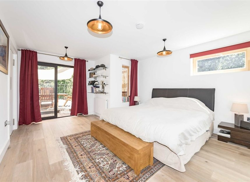 Properties for sale in Parsifal Road - NW6 1UG view12